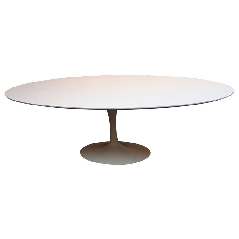 Saarinen oval dining table at 1stdibs - Saarinen oval dining table ...