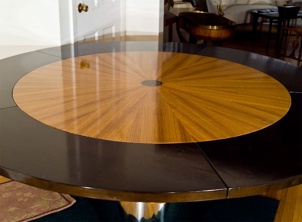 Mid Century Round Dining Table At 1stdibs