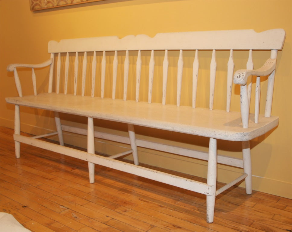 19th-Century Settee In Old White Paint 3