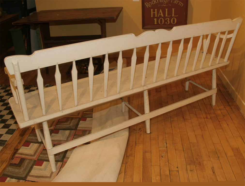 19th-Century Settee In Old White Paint 7