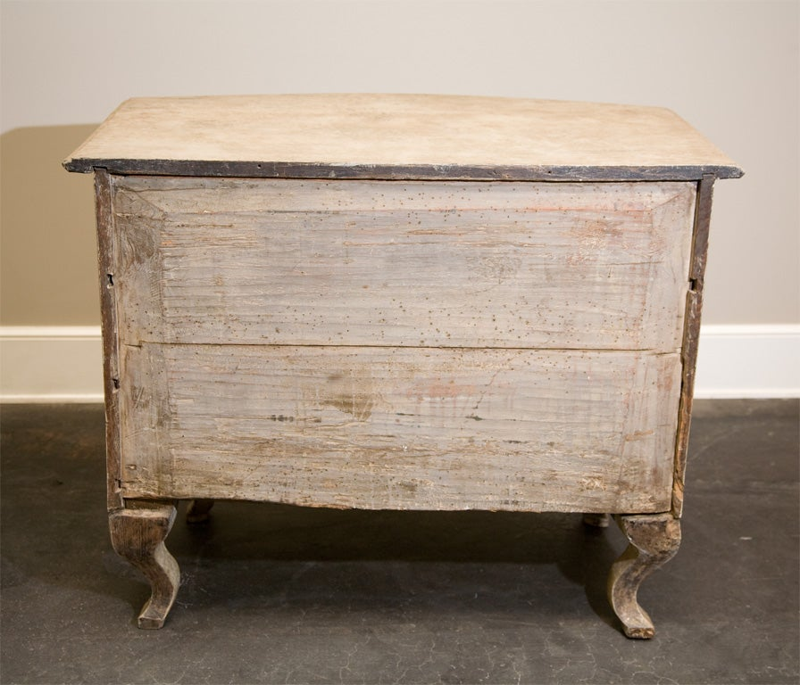 Dated 18th Century Swedish Gustavian Chest of Drawers with Original Paint For Sale 4