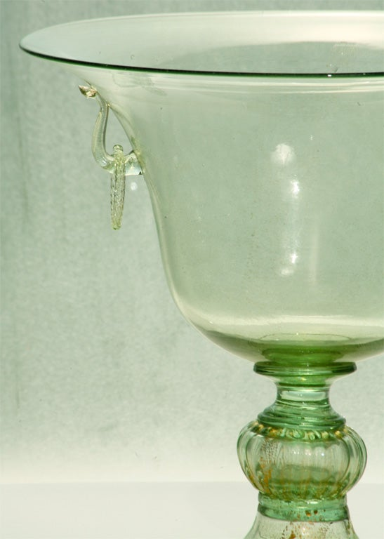 Handblown Venetian Murano Green Centerpiece In Excellent Condition For Sale In Great Barrington, MA