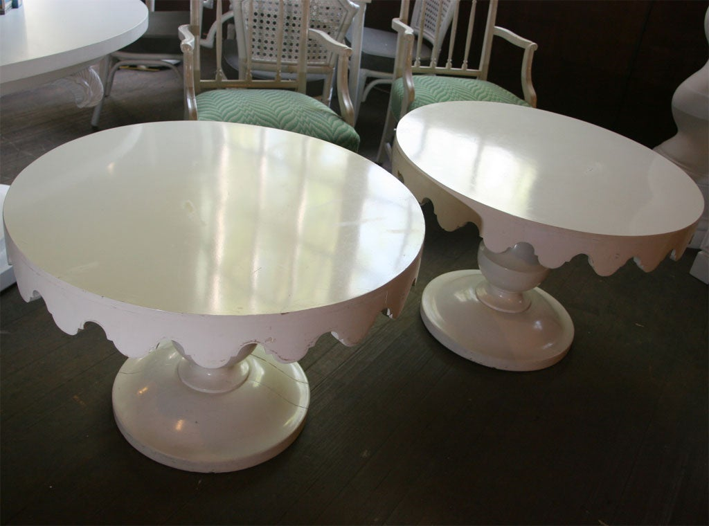 Pair of Original Dorothy Draper Tables In Good Condition For Sale In Stamford, CT