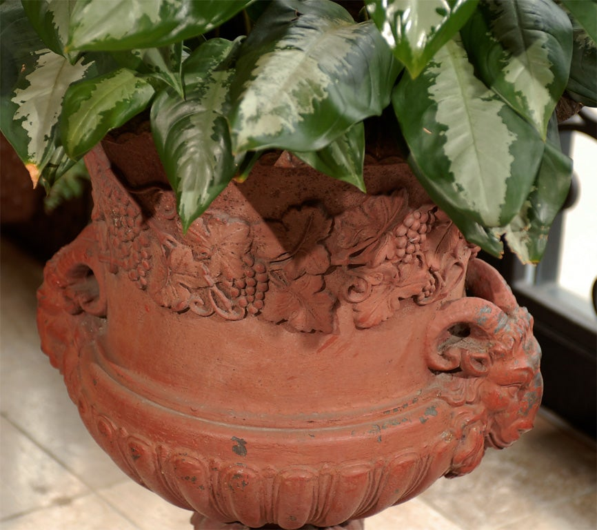 19th Century Iron Urn In Good Condition For Sale In Atlanta, GA