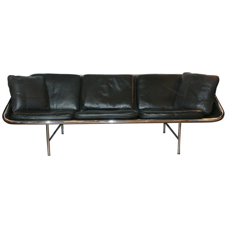 Mid century modern black leather sofa at 1stdibs for Mid century modern leather sofa