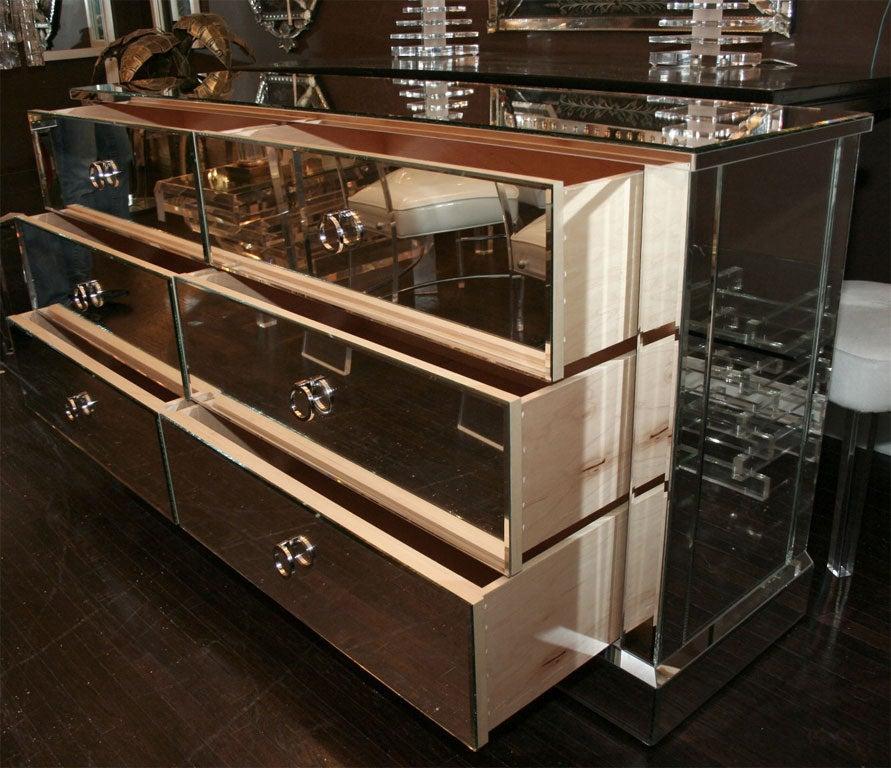 custom six drawer mirrored dresser for sale at 1stdibs. Black Bedroom Furniture Sets. Home Design Ideas
