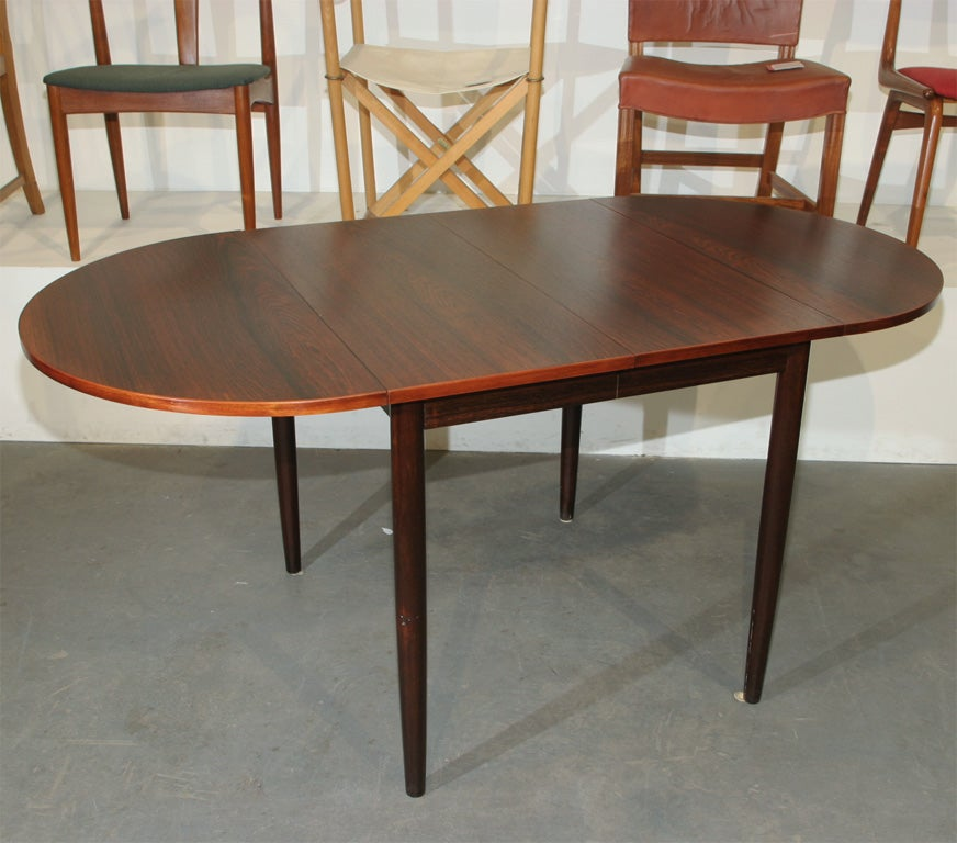 Narrow rosewood oval dining table at 1stdibs for Thin dining table