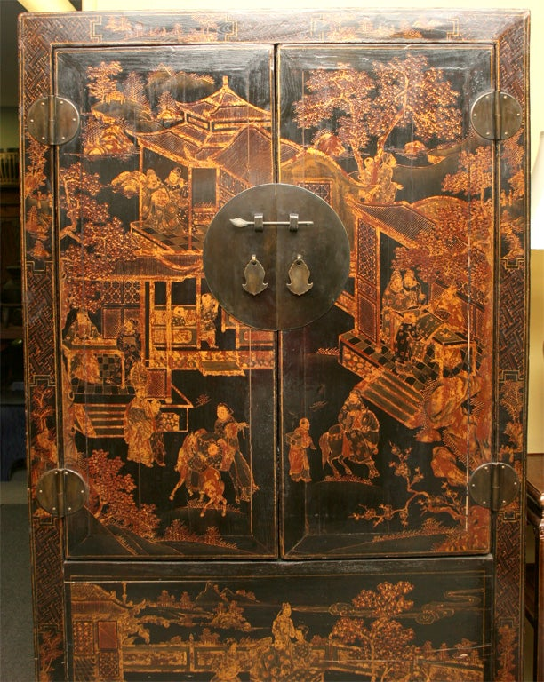 Chinese 19th Century Chinoiserie wedding cabinet armoire 1