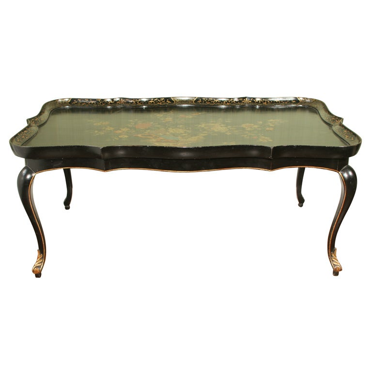 Large Chinese Export Shaped Painted and Gilt Lacquer Tray Table, circa 1800