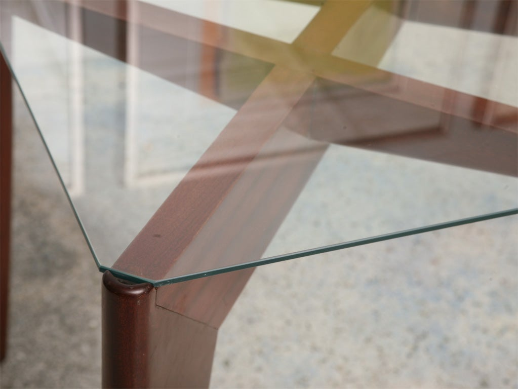 Italian Modern Mahogany and Glass Dining Table, Gio Ponti In Excellent Condition For Sale In Miami, FL