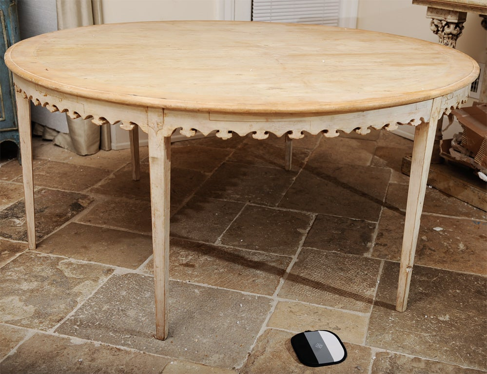 Rare Painted Gustavian Round Dining Table at 1stdibs : DBR7039 from www.1stdibs.com size 999 x 768 jpeg 162kB
