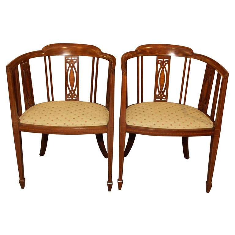 Pair Antique English Barrel Back Chairs At 1stdibs