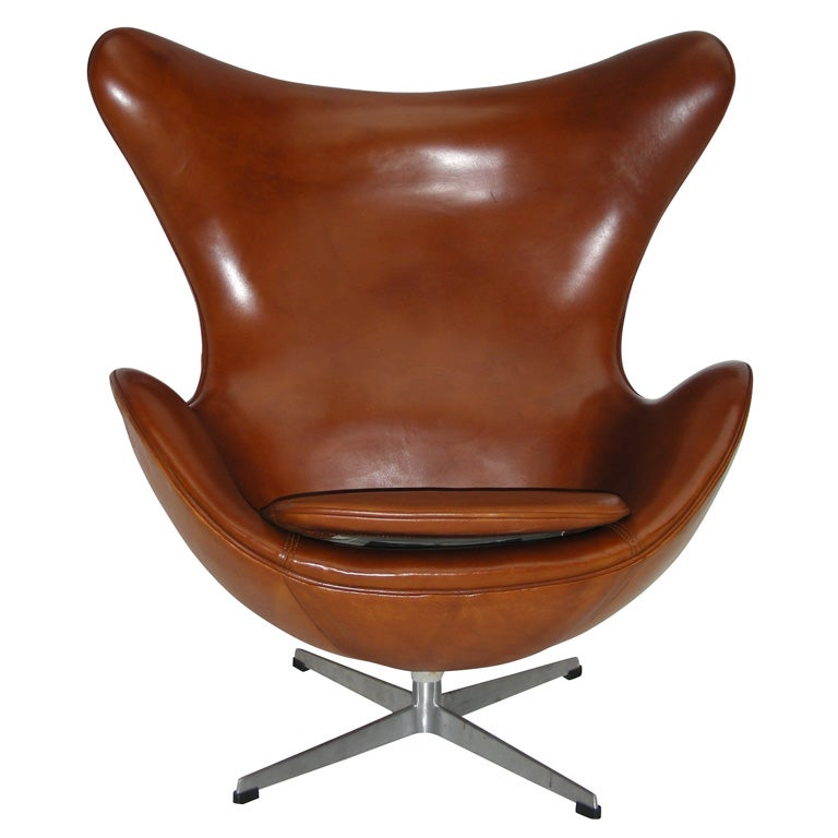 1960s egg armchair by arne jacobsen at 1stdibs. Black Bedroom Furniture Sets. Home Design Ideas