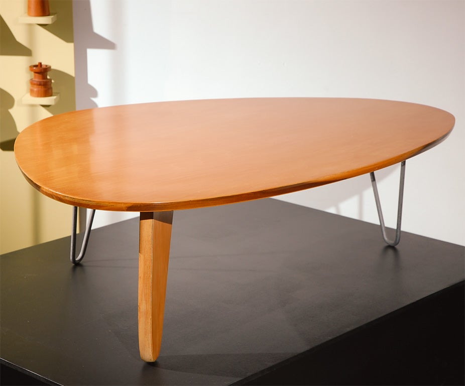 rudder coffee table by isamu noguchi at 1stdibs. Black Bedroom Furniture Sets. Home Design Ideas