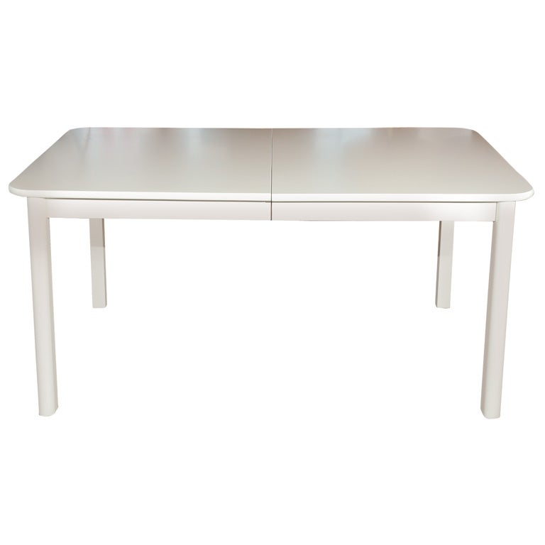 1960s white lacquered dining table at 1stdibs for White lacquer dining table
