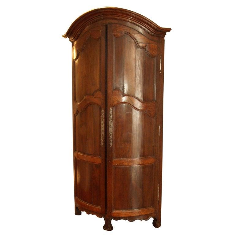 French Louis XV style, walnut, corner-cabinent