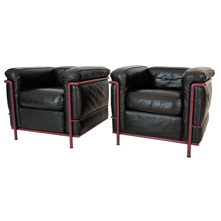 pair of le corbusier lc2 petit club chairs by thonet at. Black Bedroom Furniture Sets. Home Design Ideas