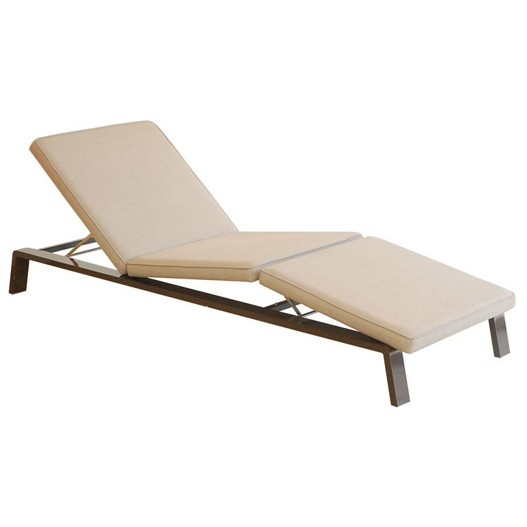 Chaise longue cuir fly id es de design for Chaise longue design cuir