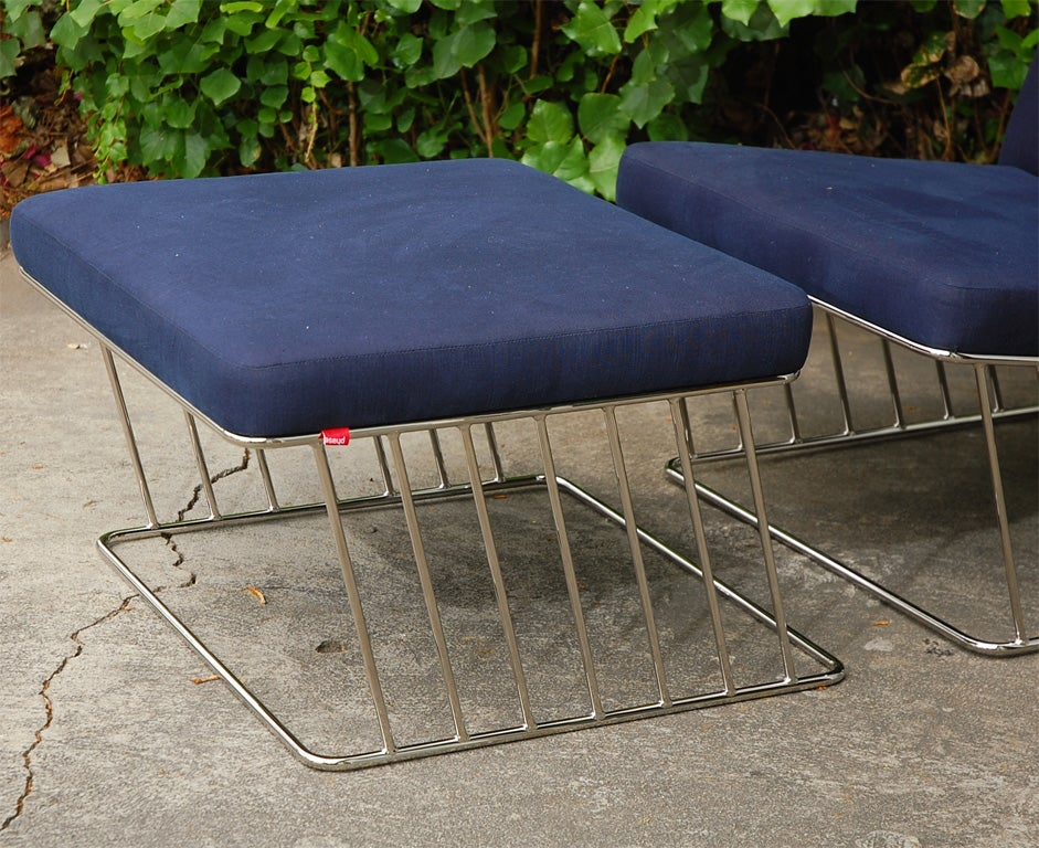 Wired Italic Lounge And Ottoman By Phase Design At 1stdibs