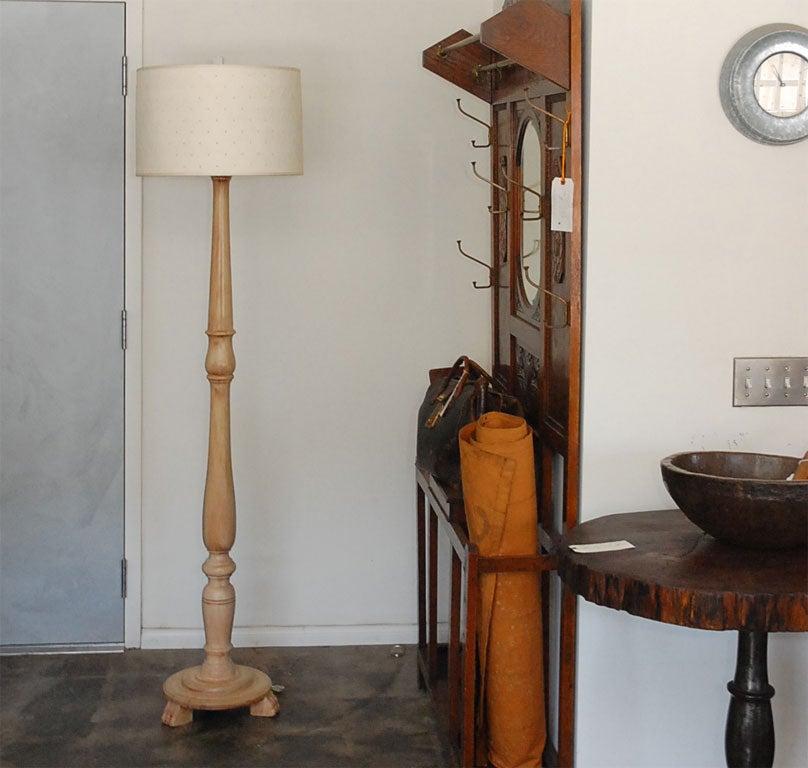 turned wood floor lamp at 1stdibs. Black Bedroom Furniture Sets. Home Design Ideas