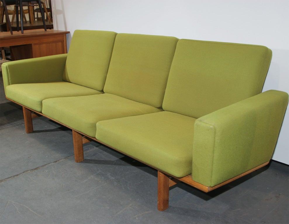 oak and green sofa by hans wegner at 1stdibs. Black Bedroom Furniture Sets. Home Design Ideas