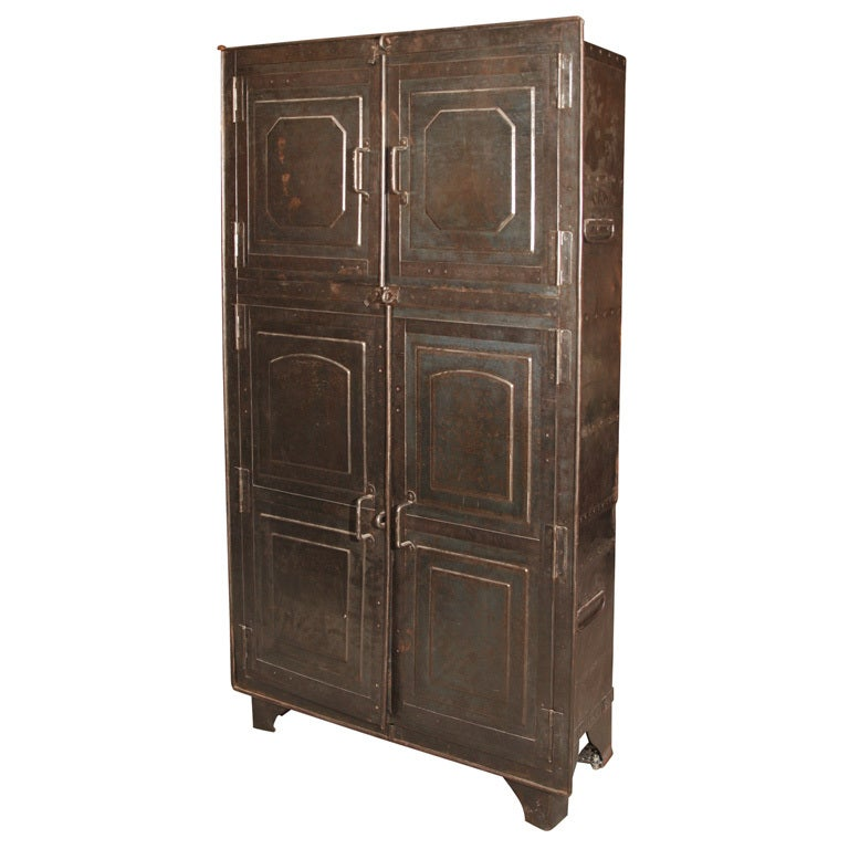 India 19th Century Armoire At 1stdibs