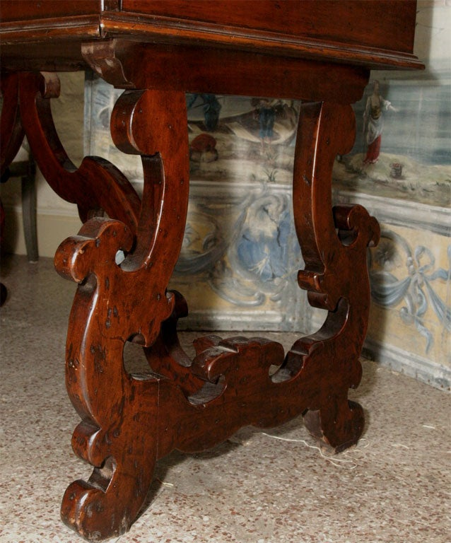 19th Century Italian Writing Table or Desk For Sale 3
