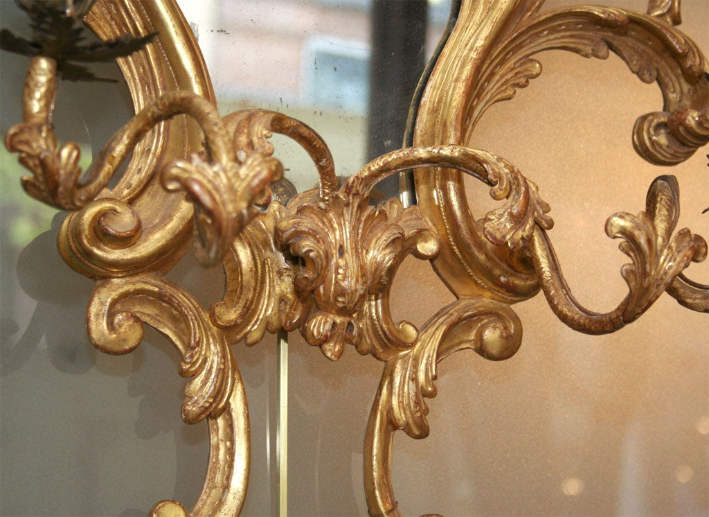 English Fine Pair of George III Giltwood Two-Light Sconces, 18th Century For Sale