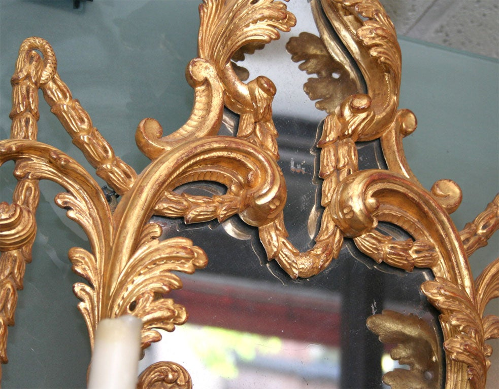 Fine Pair of George III Giltwood Two-Light Sconces, 18th Century For Sale 4