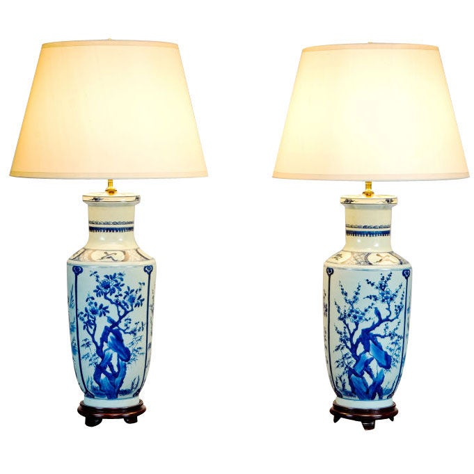 pair of chinese blue and white porcelain lamps at 1stdibs. Black Bedroom Furniture Sets. Home Design Ideas