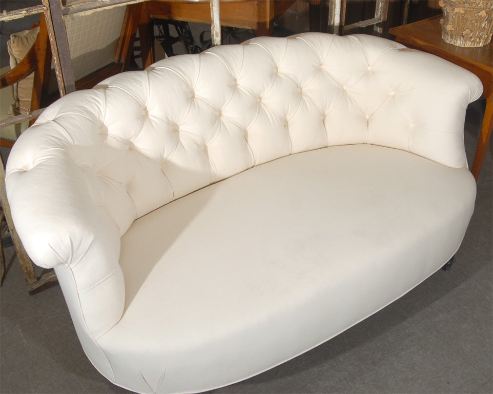 Tufted canape for sale at 1stdibs for Canape for sale