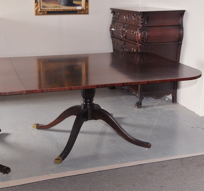 Mahogany Banded Triple Pedestal Dining Conferance Table at  : 3005911 from www.1stdibs.com size 819 x 768 jpeg 80kB