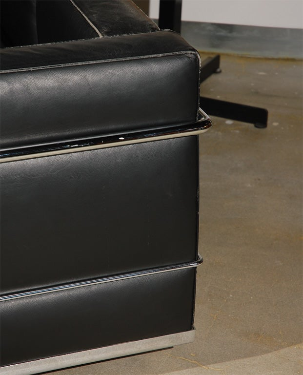 Le Courbusier Lc2 3 Settee At 1stdibs