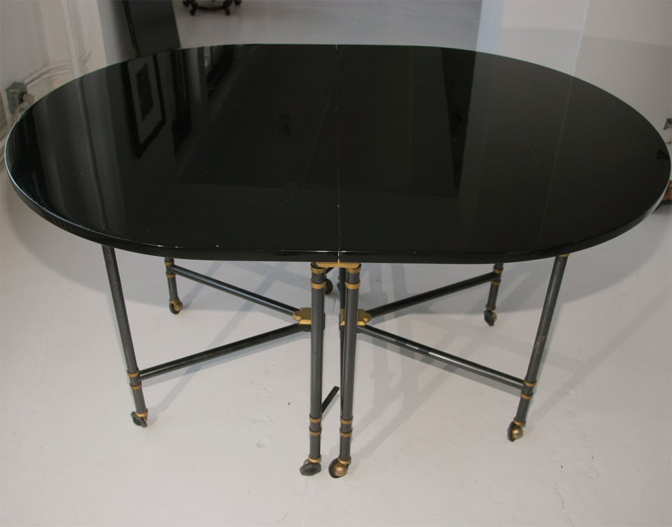 Royal dining table by maison jansen at 1stdibs for Royal dining table
