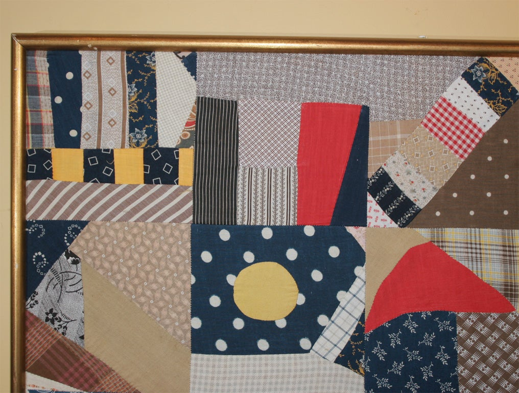Small Patchwork and Applique Folk Art Textile In Excellent Condition For Sale In New York, NY
