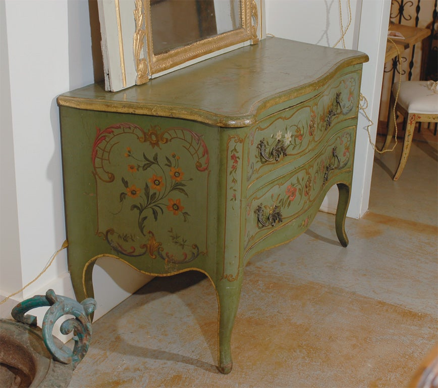 Italian Rococo Style Soft Green Painted Two-Drawer Commode with Pastoral Theme For Sale 4