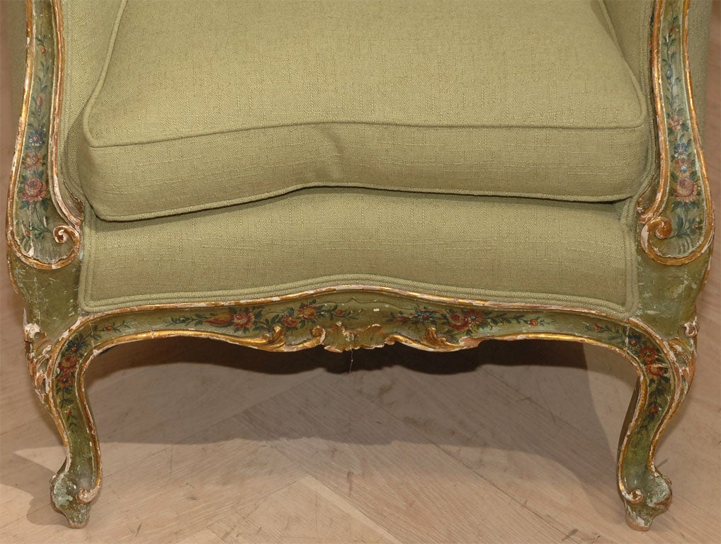 Italian Painted and Gilt Bergere For Sale