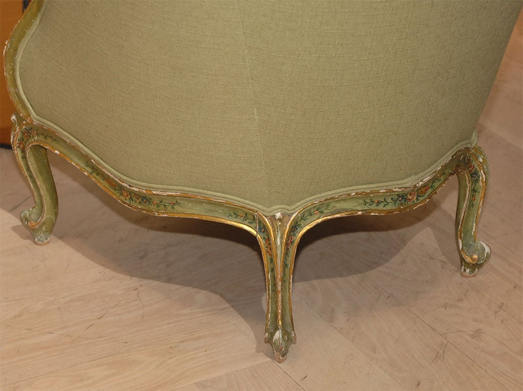 Painted and Gilt Bergere For Sale 3