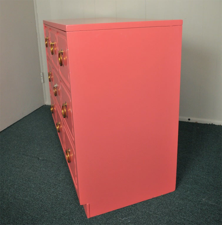 20th Century Dorothy Draper Chest of Drawers Dresser CORAL LAQUER For Sale