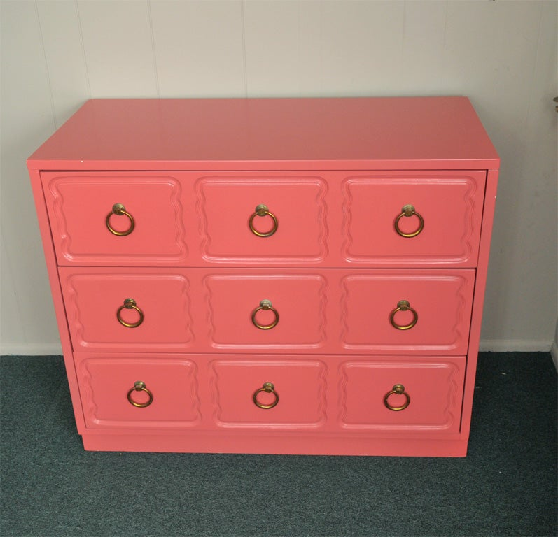 Dorothy Draper Chest of Drawers Dresser CORAL LAQUER For Sale 1
