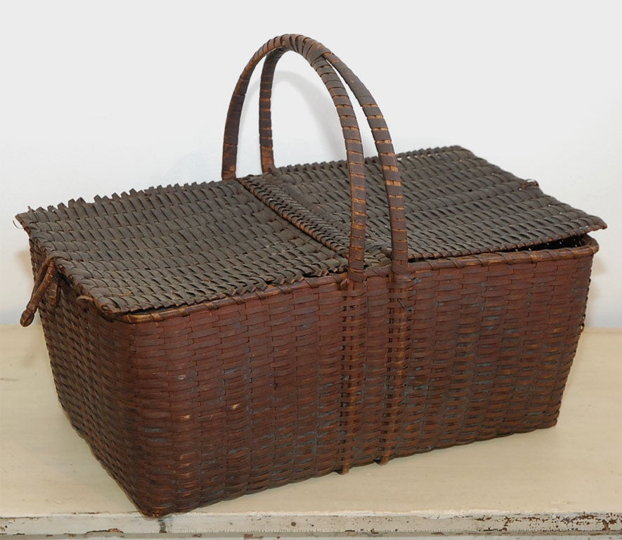 Handmade shaker baskets : Th century shaker picnic basket at stdibs