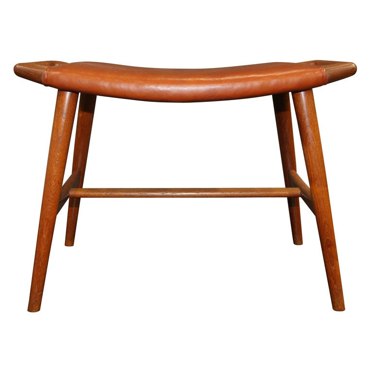 teak and leather piano stool by hans wegner at 1stdibs. Black Bedroom Furniture Sets. Home Design Ideas