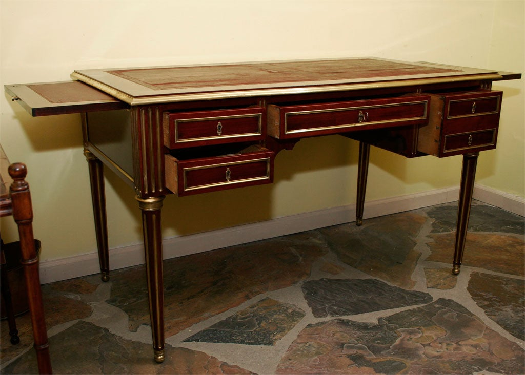 louis xvi mahogany leather top bureau plat late 19th c at 1stdibs. Black Bedroom Furniture Sets. Home Design Ideas