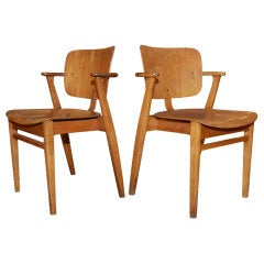 Pair of Studio Chairs by IImari Tapiovaara