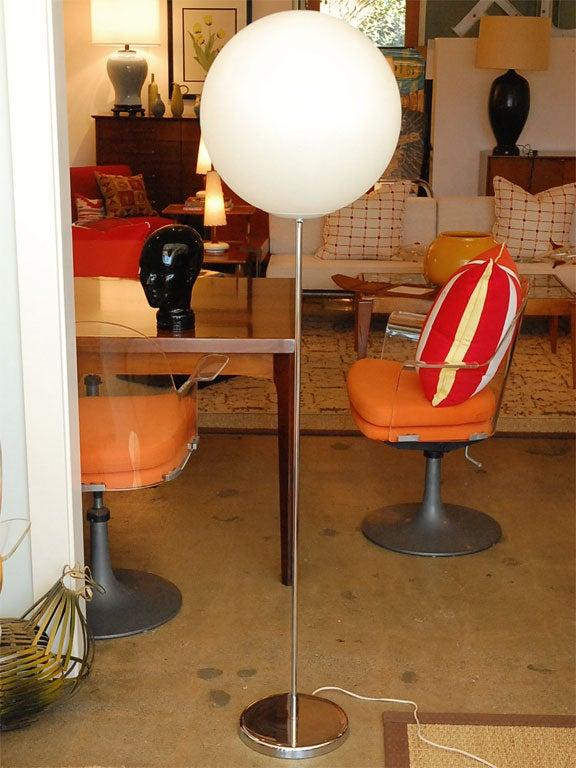 Mid-Century Globe Floor Lamp 2