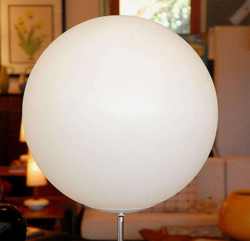 Mid-Century Globe Floor Lamp 3