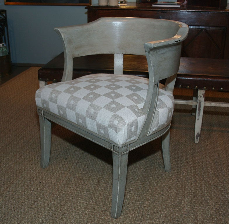 Pair of French Armchairs In Good Condition For Sale In New York, NY