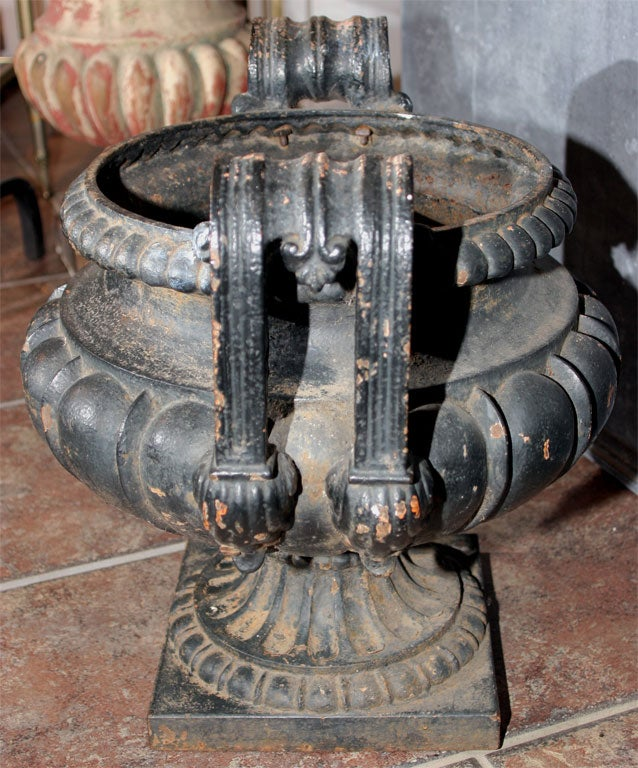 Pair of Dark Green/Black Painted Cast Iron Urns For Sale 2