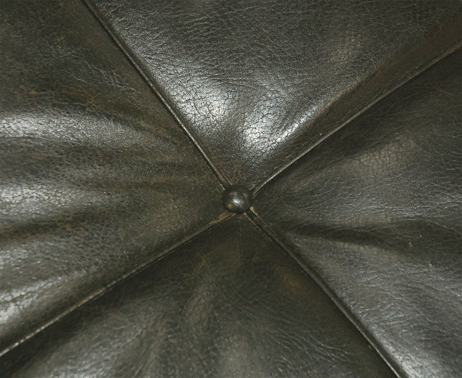 PK 80 Poul Kjaerholm by Kold Christensen leather daybed 1