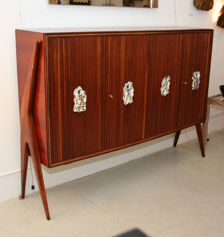 Mid-Century Modern Osvaldo Borsani Attributed Unique Sideboard, Handles by Quattrini, circa 1950 For Sale